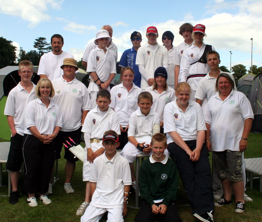 Lunchtime photograph of the Sussex contingent at JNOC 2009, Lilleshall.